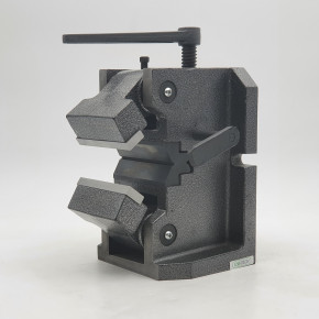 Machine vice for shaft and round