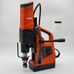 Magnetic hole cutting machine 500