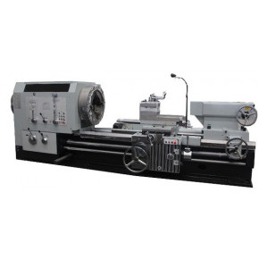 Conventional lathe with very big spindle bore