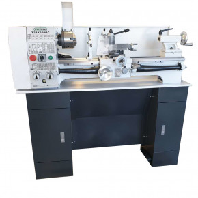 Bench lathe with multifix T28